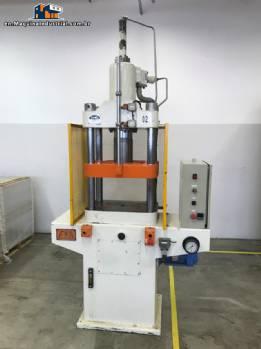 Hydraulic press EKA